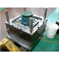 Plastic Injection Mold for Chemical Material Container