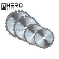 Power saw blade for cutting aluminum