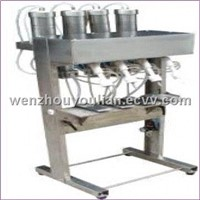 YT Vacuum Liquid Filling Machine