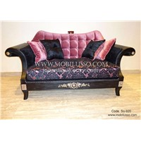 Fantastic Sofa Set with great fininshings, silver carved