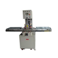 Single head tray-pushed high frequency machine
