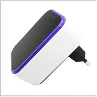 10W Dual USB Wall-mounted Charger with 3 to 24V DC Output Voltage and 10 to 2,500mA Output Current