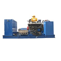 Engine drive cleaning machine