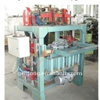 Fixed type hollow brick machine