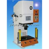 Oil and pneumatic press machine with safe raster