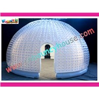 Transparent inflatable bubble tent for exhibition