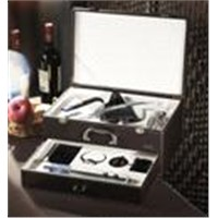 The perfect wine accessory leather box sets