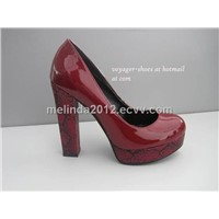 red shine plaftorm pumps