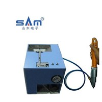 Auomatic locking screw machine