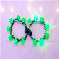 St.patrick's day shamrock bead flashing bracelet