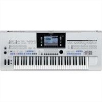 Tyros 4 (61-Key Pro Arranger Workstation)