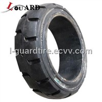 Front-End Loader Tire (17.5 x 25)