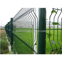 welded mesh fence with folds