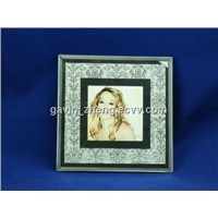 Glass photo frame with white leather
