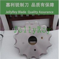 Saw blade for rubber seal cutting