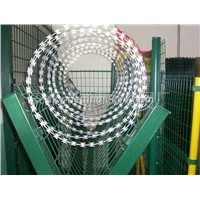 Razor Wire 24 Inches Diameter(8kg Packing)