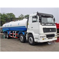 Sinotruk Double Rear Axles 15ton 8x4 Sprinkler Tank Truck for Water
