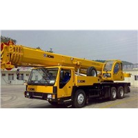 XCMG Hoisting Equipment Truck Crane with 25ton Lifting Boom