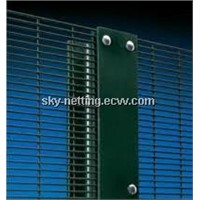 Green Plastic Coated Welded Wire Mesh Security Fence