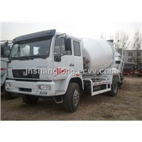 4x2 HOWO Small Cement Mixer Truck