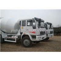 4x2 SINOTRUK HOWO 6 Cubic Meters Cement Truck