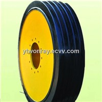 Industrial solid tire with rim