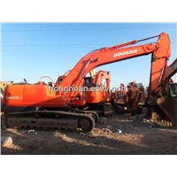 The Second-Hand Crawler Excavator Doosan DH220