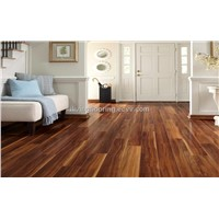 3-strips Walnut laminate floor