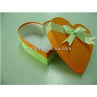 Gift boxes, heart-shaped, with ribbon