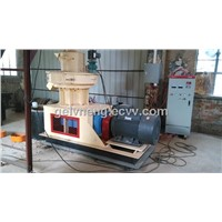 High output pellet mill for wood sawdust