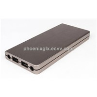 Power Bank with 12,000mAh Capacity and Aluminum Housing