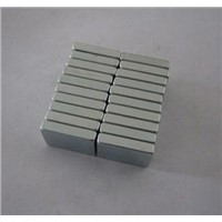 Block Shaped Magnets with High Magnetic Properties