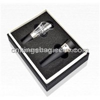 Shantung Pongee Wine Box with Oxygenating Pourer&vacuum Stopper as a Two-Piece Wine Set