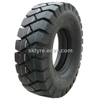 Industrial forklift tyre  (600-9, 650-10. 700-12, 28x9-15,8.25-15)