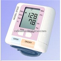 Wrist Blood Pressure Monitor SF822