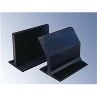 rubber cleats used on the corrugated sidewall conveyor belt
