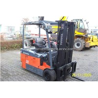 used toyota 2T forklift