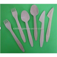 wooden knife fork and spoon