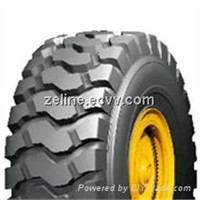 Truck tire for good traction and excellent resistance