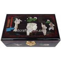 Carved lacquer luxury jewelry case