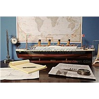TITANIC WITH LIGHTS Wooden model cruise ship