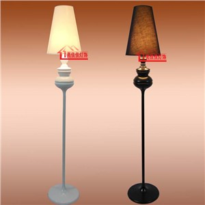 2017 new floor light Spanish defender white bedroom lamp floor lamp restaurant living room floor lamp FG656 TA102017