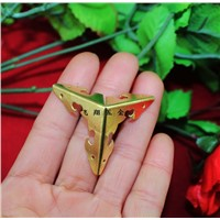 30MM side Ngau Tau Kok corners wooden gift bag yellow iron angle four corners yard decoration corner angle