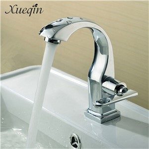 Xueqin Chrome Finish Single Lever Home Bathroom Basin Faucet Spout Sink Cold Water Tap Kitchen Faucet Mixer Tap