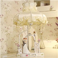 Factory wholesale table lamp Creative marriage wedding table lamp ornaments upscale resin craft gift dream table lamps