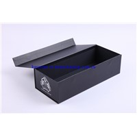 luxury black matt lamination paper gift box with magnet closure wholesale