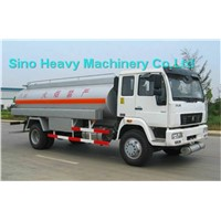 SINOTRUK ISO CCC  HOWO oil TANK truck With Pump 4x2 366HP 15000L(Hot sales) stainless steel MATERIAL