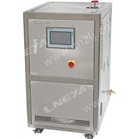 Refrigerated heating liquid circulation system