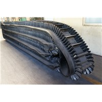 Corrugated sidewall moving conveyor belt