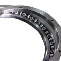 XR678052 Crossed tapered roller bearing